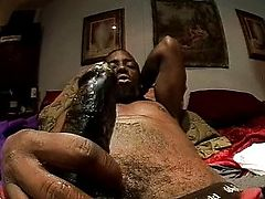 Black stud pleasures his man muscle
