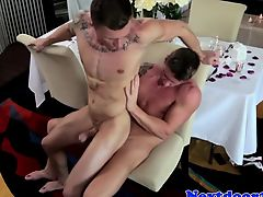 Gaysex muscle jock getting arse owned