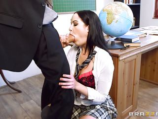 babe gets banged in classroom