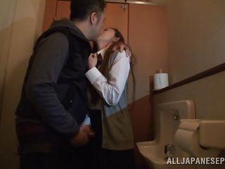 perspired slut gets owned in the bathroom
