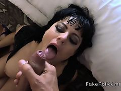Fake cop gives arse to mouth to brunette babe