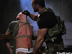 Tiedup soldier bonked by commanding officer