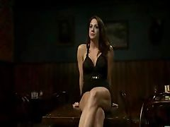 Isis Love and Chanel Preston get right down to it at the bar