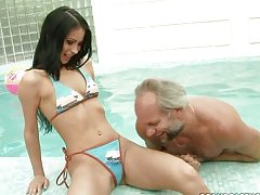 Old Albert fucking a fresh faced hottie by the pool